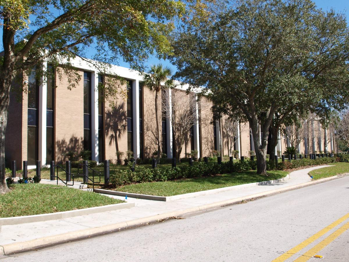 Orlando Commercial General Contractor - Courthouse Exterior