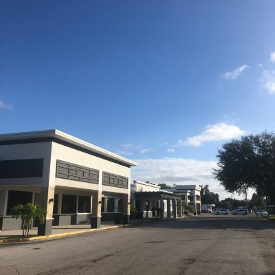 Shopping Plaza End Façade by General Contractor