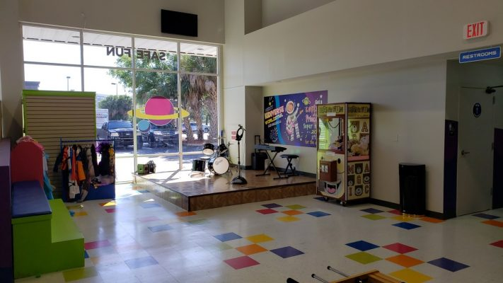 Orlando Renovation for Kidiverse stage by General Contractor